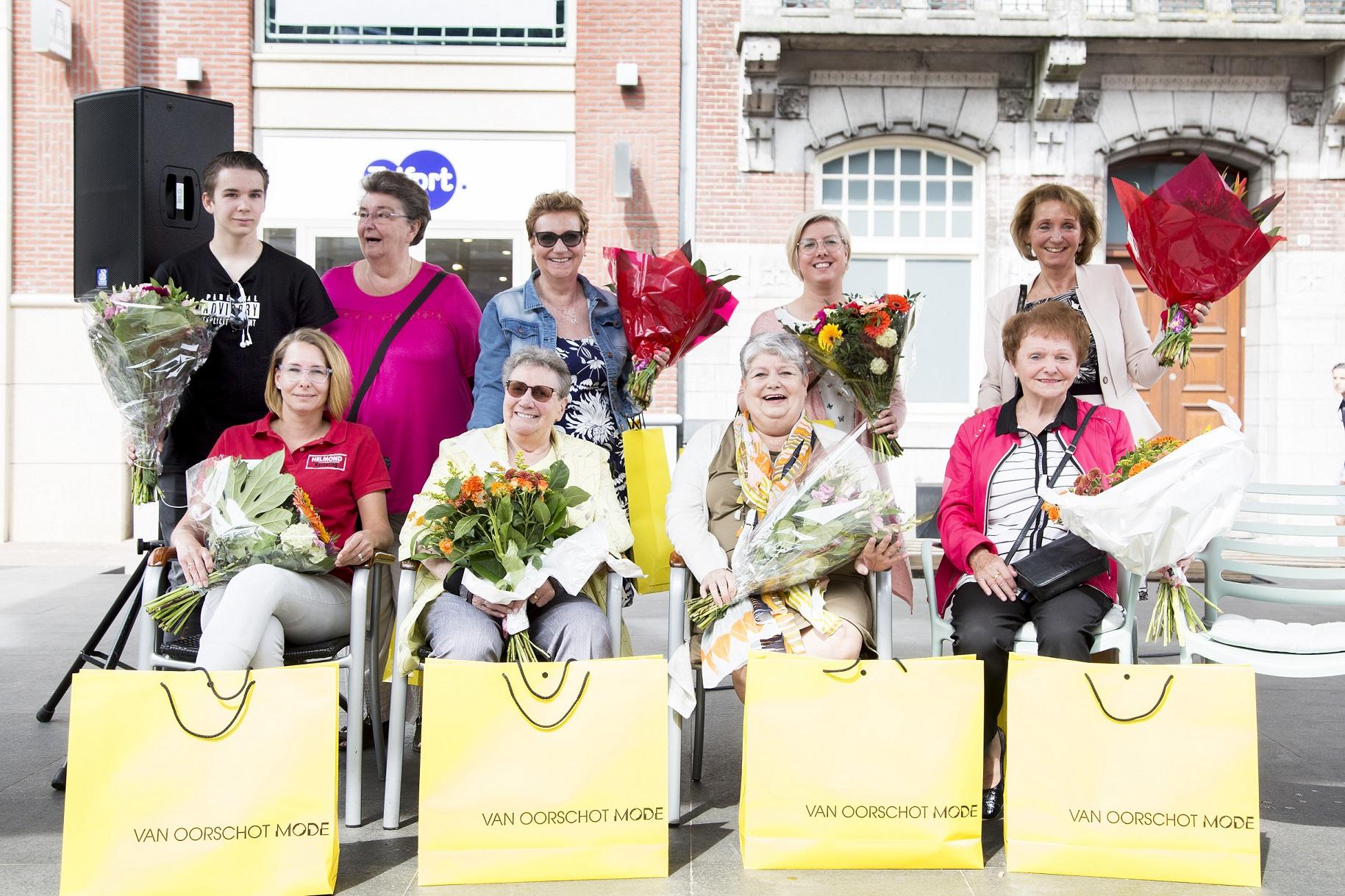 Moeders op het podium. Foto: KVGPhotos
